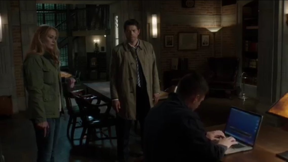 http://www.thewinchesterfamilybusiness.com/images/DiscussionPage/Season12/General/CrvV4fpXYAARaoM.jpg